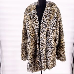 NWT Buckle sunset lane leopard coat size medium